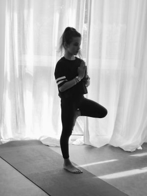 Yoga des ADOLESCENTS avec Carine – Samedi 14/03 à 17.00